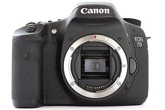 Canon EOS 7D - Image: Canon EOS 7D DSLR body front