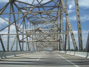 File:Caruthersville Bridge I-155 at Dyersburg TN.theora.ogv