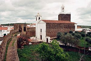 Alandroal - The historical castle walls and the classical parochial church