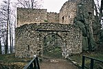 Castle Bolczow in Poland - gate.jpeg