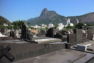 Cemitério de São João Batista - Partial view of the cemetery with the Christ the Redeemer statue in the background