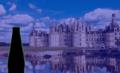 Château de Chambord avec silhouette de bouteille de bière.png