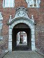 Château de Monceau-sur-Sambre - entrée.jpg