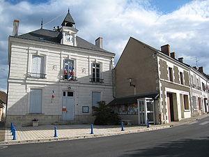 Charnizay - Town hall