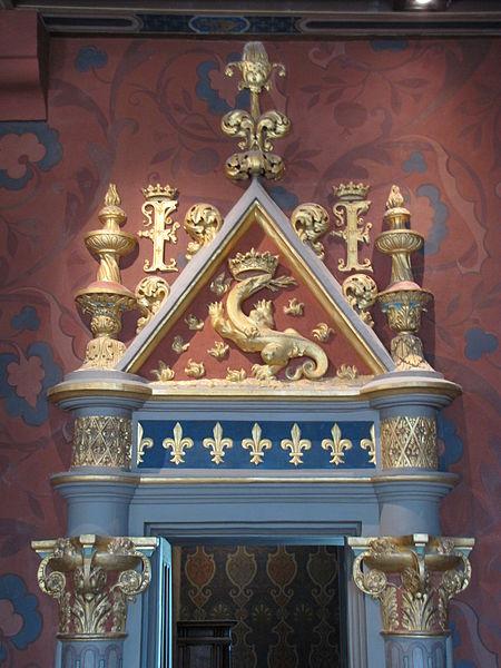 File:Chateau de Blois 25.jpg