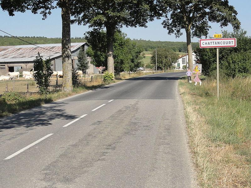 Chattancourt (Meuse) city limit sign