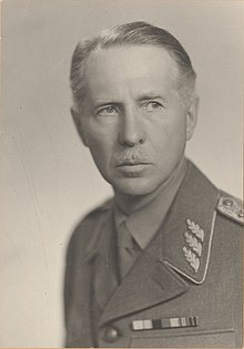 Chief of the Army Archibald Douglas (1883–1960).jpg