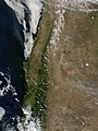 Chile and Argentina as seen from Space December 24, 2001 (4392409635).jpg