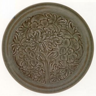 Decorative arts - Chinese bowl, Northern Song Dynasty, 11th or 12th century, porcelaneous pottery with celadon glaze