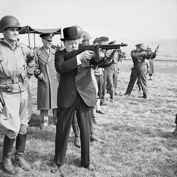 File:Churchill-and-machine-gun-H36960.jpg