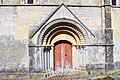 Cintheaux portail église.jpg