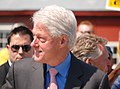 Clinton Arriving (3530355000).jpg