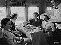 """Coche comedor del Ferrocarril """"El Cordobés"""" 1938.jpg"""