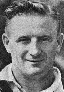 Colin McCool with the Australian cricket team in England in 1948