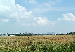 Skyline of Columbus and Ohio State from Olentangy West