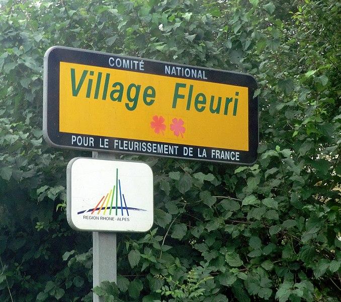 Concours des villes et villages fleuris in Ain in Montellier (two flowers).