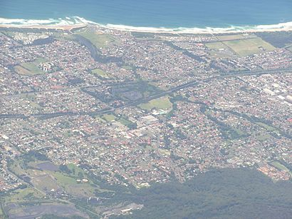 How to get to East Corrimal with public transport- About the place