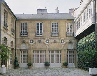Musée Magnin - Entrance of the museum