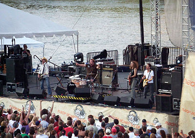 Picture of a band or musician: Cowboy Mouth