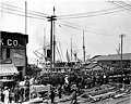 Crowds at the waterfront, Railroad Ave. near the foot of University Street, 1898 (SEATTLE 201).jpg
