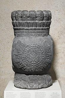 70f371867e3 Aztec sun stone - Wikipedia