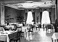 Düsseldorf, Breidenbacher Hof, Innenarchitektur des Frühstückssaals im Jugendstil nach Entwürfen von Klein & Dörschel, um 1900.jpg