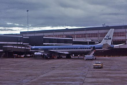 KLM Douglas DC-8 at Gate 2 of the International Terminal in 1972 DC8, Sydney, 1972.jpg