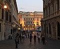 Da Montecitorio a Piazza Colonna, verso Via del Corso - panoramio.jpg