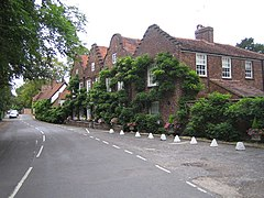 Denham, Village Road - geograph.org.uk - 232173.jpg