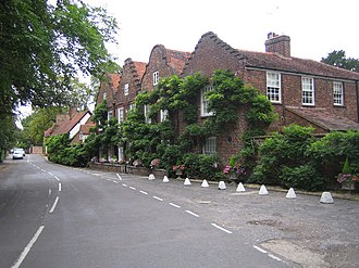 Denham, Buckinghamshire - Image: Denham, Village Road geograph.org.uk 232173