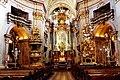 Die prunkvolle Innenansicht der barocken Peterskirche mit Hochaltar - panoramio.jpg