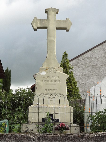 Dolving (Moselle) croix de chemin, rue du cimetière