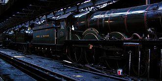 GWR 4073 Class - Image: Dscn 4066 pendennis dark in shed crop 1200x 600