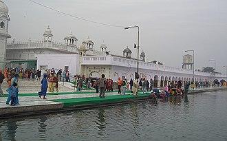 Gurdwara Dukh Nivaran Sahib - The sarovar adjacent to Gurdwara Dukh Nivaran, Patiala