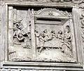 Duomo di genova, cappella di s. giovanni battista, prospetto esterno di domenico ed elia gagini, decollazione del battista e banchetto di erode.JPG