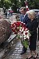 Ebreju tautas genocīda upuru piemiņas dienai veltītā ziedu nolikšanas ceremonija (35581280811).jpg