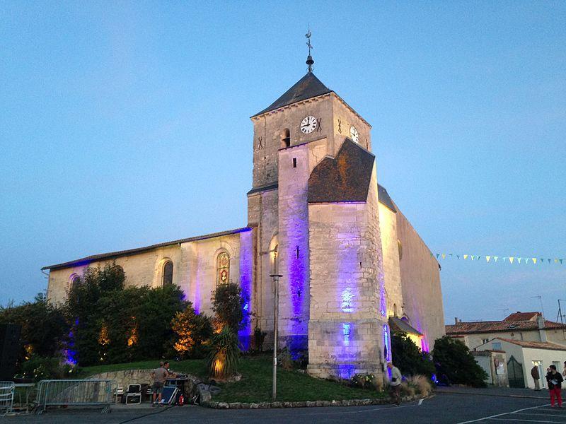 L'église mise en lumière lors des Nuits romanes