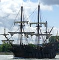 El Galeón on the last day of the Rouen Armada 2019, on the River Seine from Rouen to Le Havre ... (48084689996).jpg