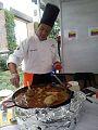 Elaborando paella ganadora mexico 2013.jpg