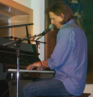 """Ellis Paul - Paul performing """"Home"""" on piano in Ogunquit, Maine, the state in which he grew up. (August 5, 2006)"""