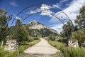 Entrance to Crested Butte in the high-Rocky Mountain Colorado city of the same name. Mount Crested Butte, which gave the city its name, is in the distance LCCN2015633796.tif
