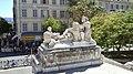 Escalier de Marseille-Saint-Charles, groupe Colonies d'Asie.jpg