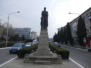 Bârlad - Statue of Alexandru Ioan Cuza, downtown Bârlad