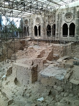 Lisbon Cathedral - Archaeological excavations in Cathedral cloisters