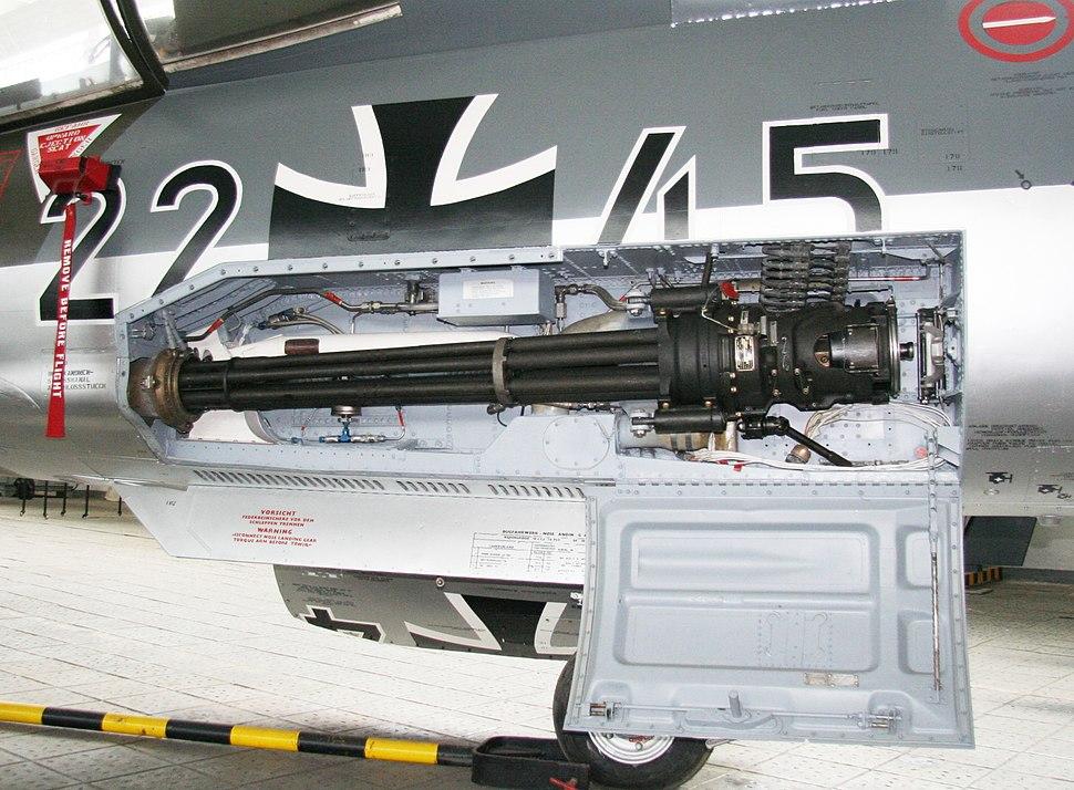 F-104 Waffenschacht
