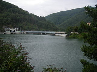 Pinet (power station) Dam in St Victor et Melvieu, Aveyron