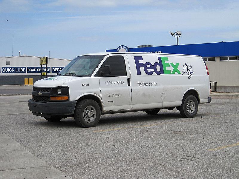 File:FedEx Home Delivery van West Memphis AR 2013-04-08 002.jpg