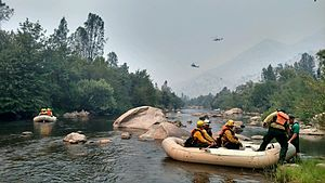 Handcrew - Image: Firefighters near Chico Fire
