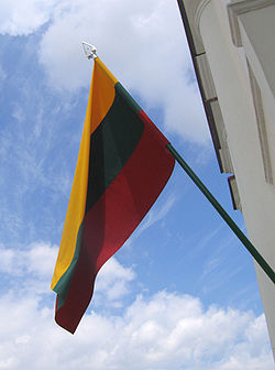 Flag of Litguania 2007 July 15.jpg