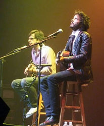 Jemaine Clement (links) and Bret McKenzie (rechts) bei einem Auftritt im Gramercy Theatre in New York on 14. Juni 2007